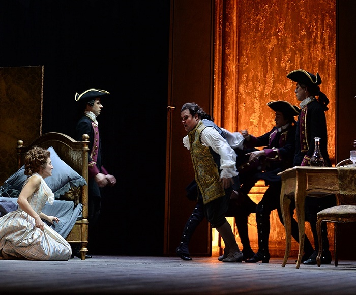 It is the most represented opera of Massenet, a quintessence that exemplifies the charm and vitality of the music and culture of the Parisian Belle...