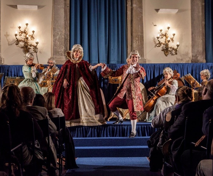 I I Musici Veneziani in an Opera Concert perform the most beautiful arias of the Baroque lyrical tradition, performed in original 18 century dress